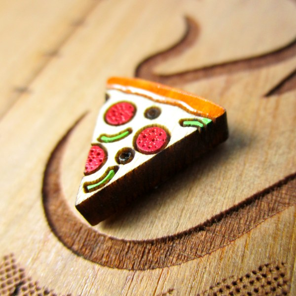 pizza earring side view to show detail