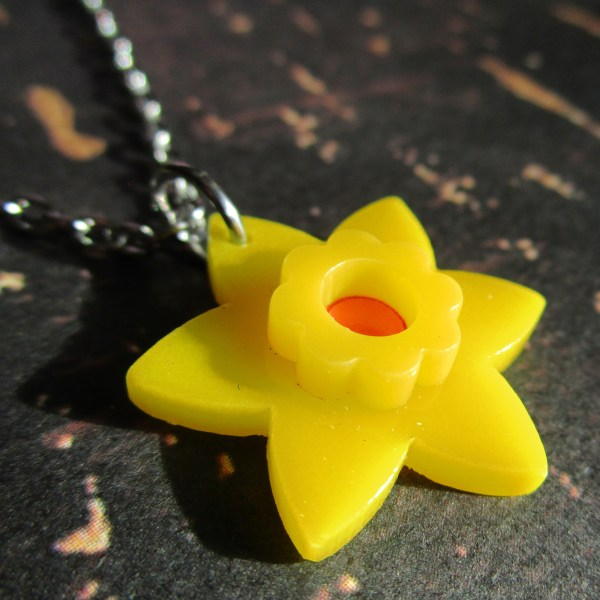 Daffodil Pendant Necklace Springtime Bulb Yellow Flower Cute D Pendant Jewelry