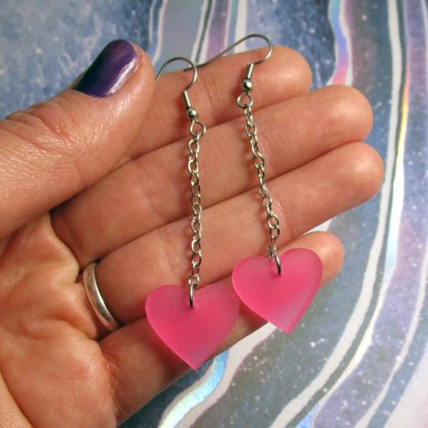 Long chain dangling pink heart hanging dangle earrings mom mitchells machines cosplay costume earrings jewelry