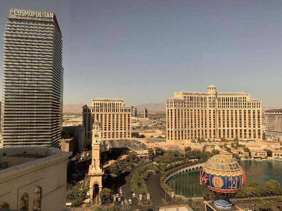 「ザ コスモポリタン オブ ラスベガス」部屋からの眺め