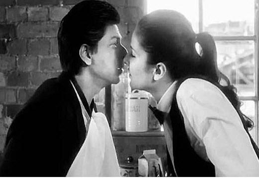 katrina-kaif-kiss-with-shahruk-khan-new-movie-2012-wallpaper
