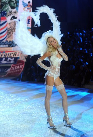 Angel-Lindsay-Ellingson Victoria-Secret Fashion Show-2012-2013 latest-Pictures