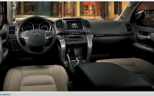 Land-Cruiser-2013-Interior-Medium-Grey-Leather images