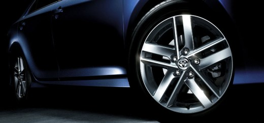 Toyota Camry 2013 Alloy rim company fitted