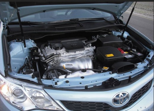 toyotacamry-2013-engine-picture