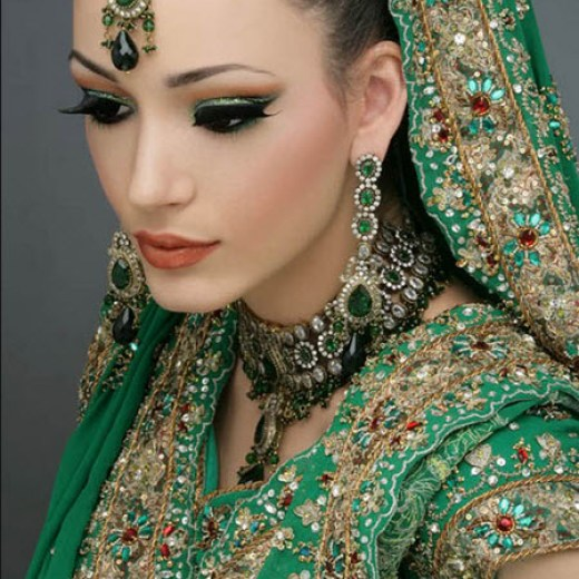 Attractive-Bridal-Girl-in-Green-color-lehnga-Image-2013 2014