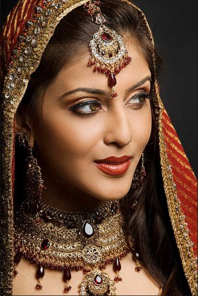 Full-Bridal-Makeup-face-girl-picture-2013 2014