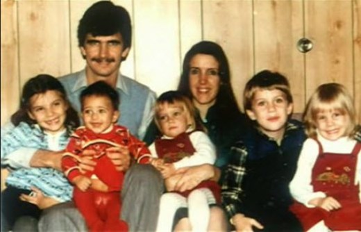 Katrina-kaif-whole-family-picture-biography