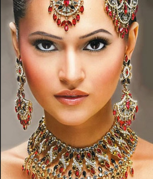 Very-Pretty-Pakistan-Indian-Bridal-jewelry-set-2013 2014