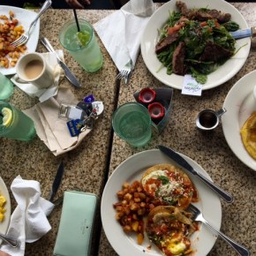 Brunch at Ruggles Green Under $10