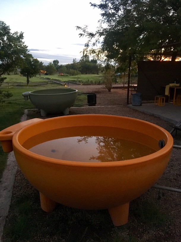 el cosmico dutch tub