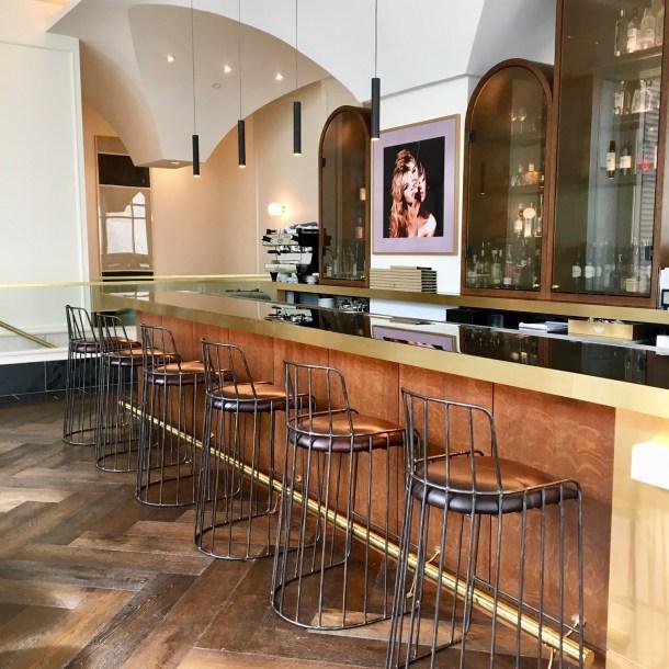 hotel alessandra bar houston staycation