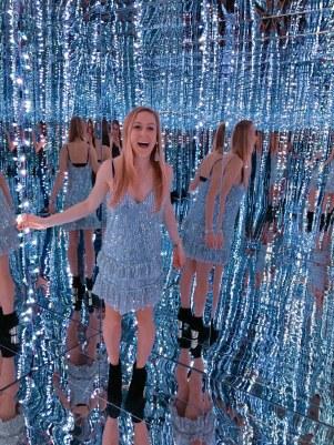 TFTI Houston Photo Mirror Room
