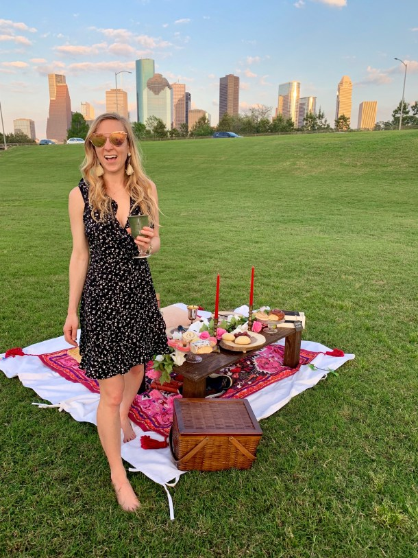 Houston luxury picnic company buffalo bayou