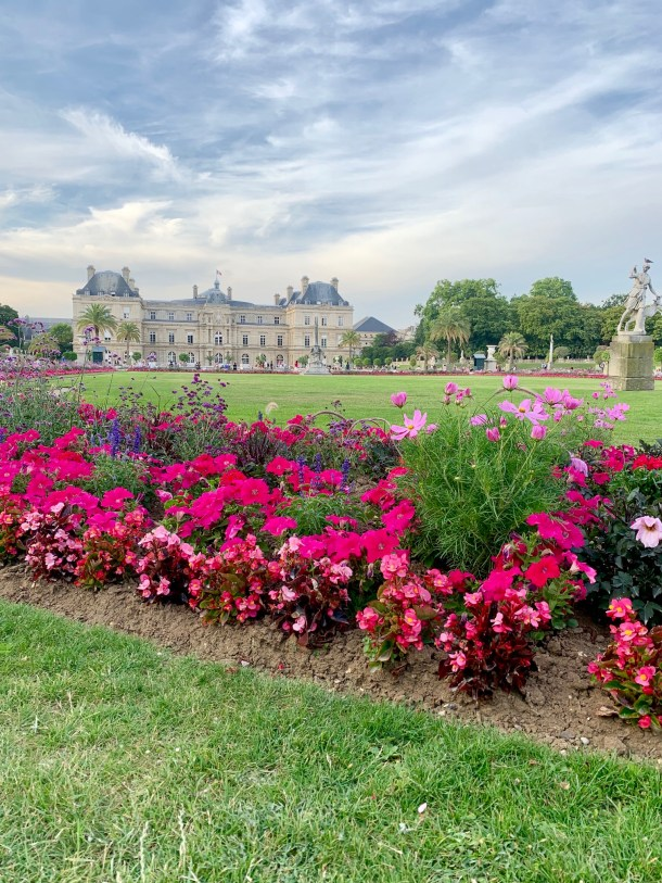 luxembourg garden paris