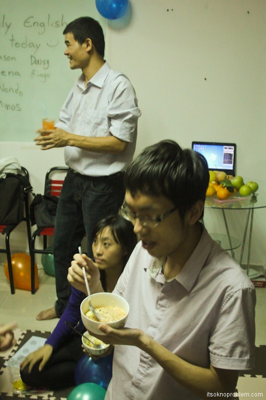 Happy Nando's Mondays - Вечеринка номер 1. 深圳