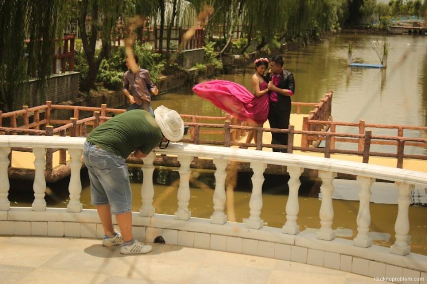 婚姻在中国. Свадебные фотосессии. Парк Bai Wan Kui Yuan