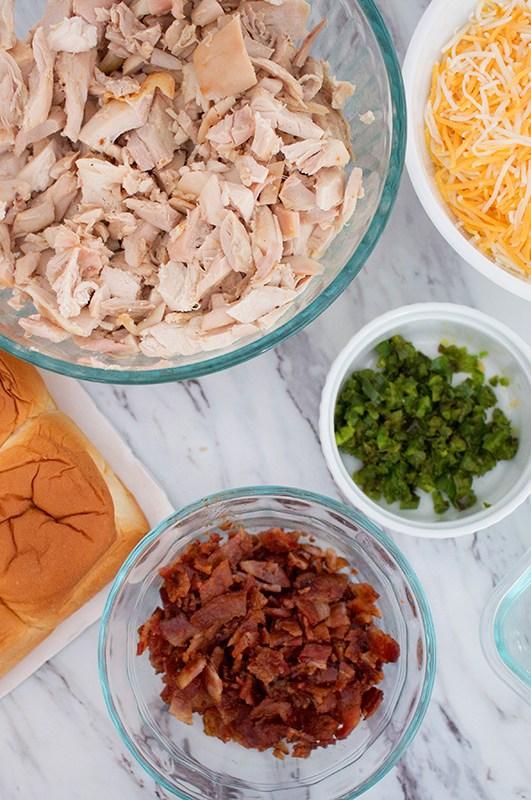 Jalapeño Popper Chicken Sliders Recipe