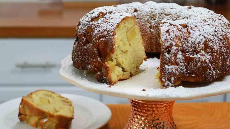Grandma's Apple Cake!