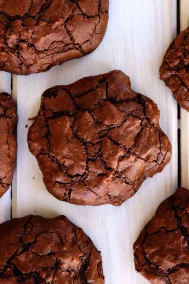 Gluten-Free Chocolate Brownie Cookies, gluten free, chocolate brownie cookies, brownies, brownie cookies, chocolate, chocolate brownies, brownie, gluten-free baking, easy brownies, gluten-free brownies, almond cookies, almond brownie cookies, chocolate almond cookies