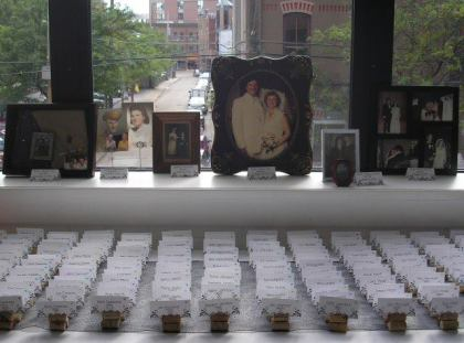 Place card table and family recognition