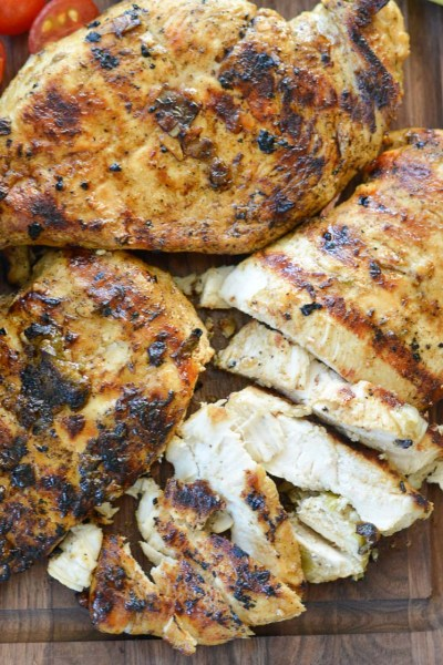 Try this delicious, gluten-free Easy Jalapeño Lime Marinade on all types of meats and vegetables! This versatile marinade can spice up your dishes without adding a ton of work, time, or preservatives!