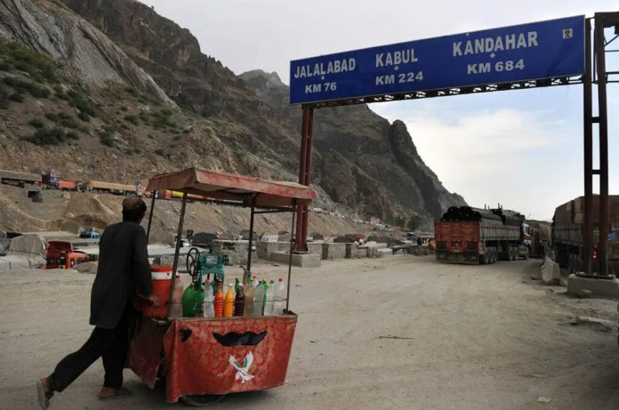 """As per merchants, the Taliban control is a """"gift"""" for Pakistan-Afghan trade."""
