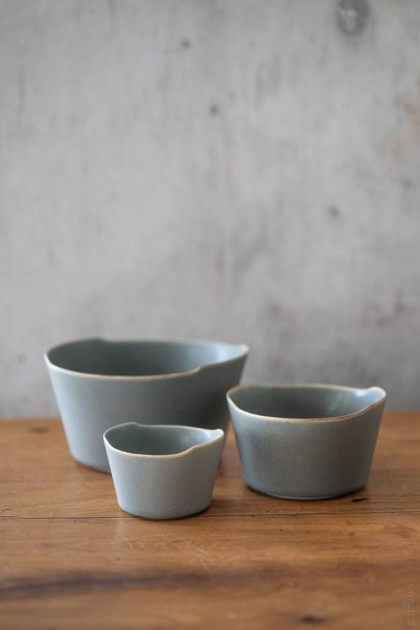 Yumiko Iihoshi Porcelain_tableware_unjour_bowl_moku_top