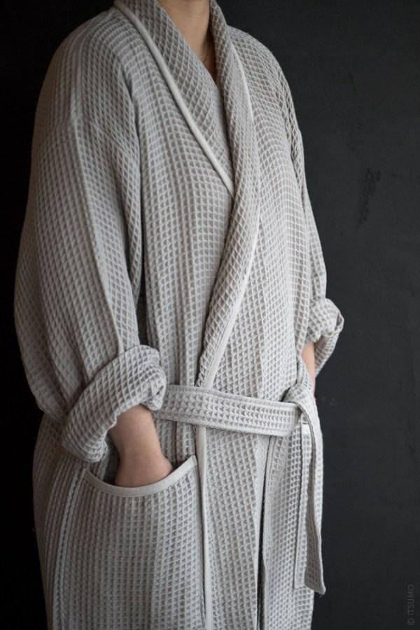 Uchino Light Weight Waffle Robe_grey