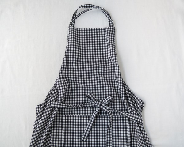 Homspun_Apron_Gingham Check_Black