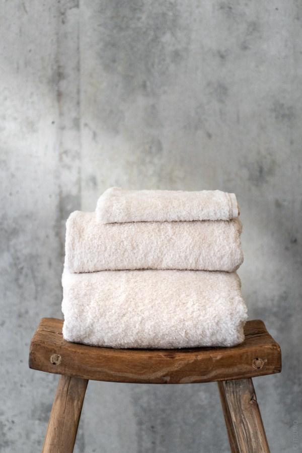 Uchino_Super Marshmallow Towel_beige_top