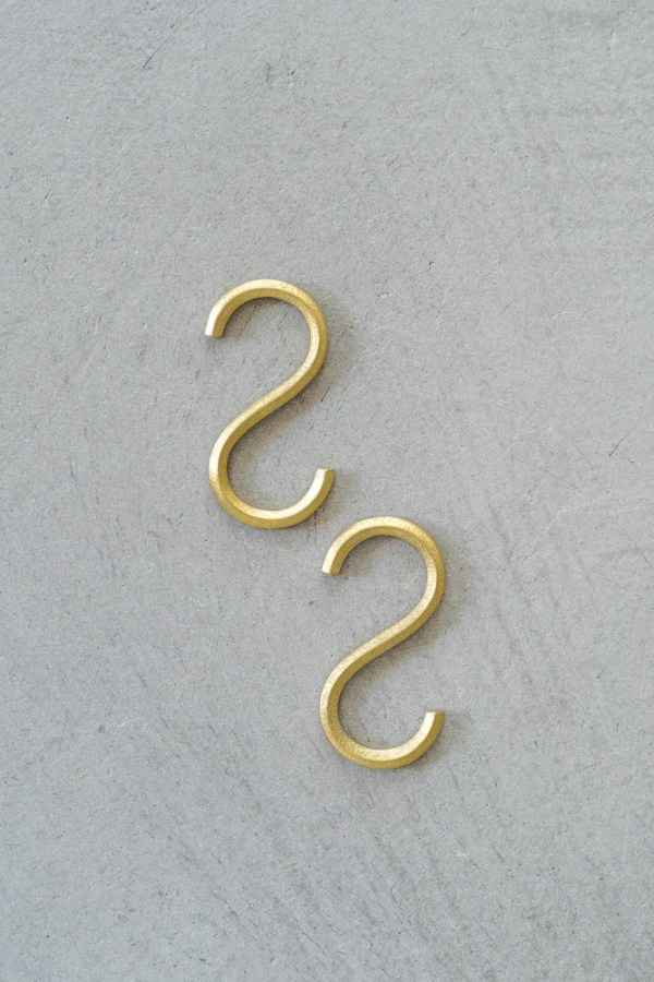 FUTAGAMI_Brass S Hook_top