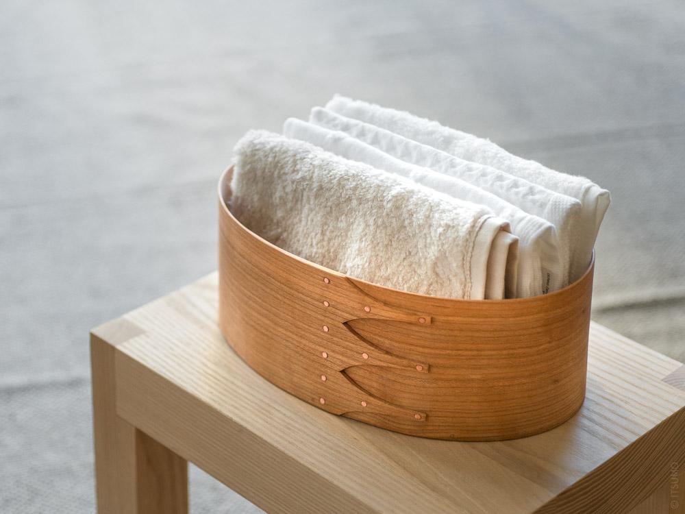 Masashi Ifuji_Oval Box_Cherry_mood styling with towels