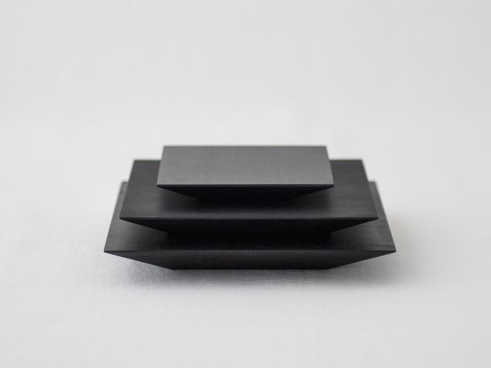 Masashi Ifuji_Square Plate_black_dl-6