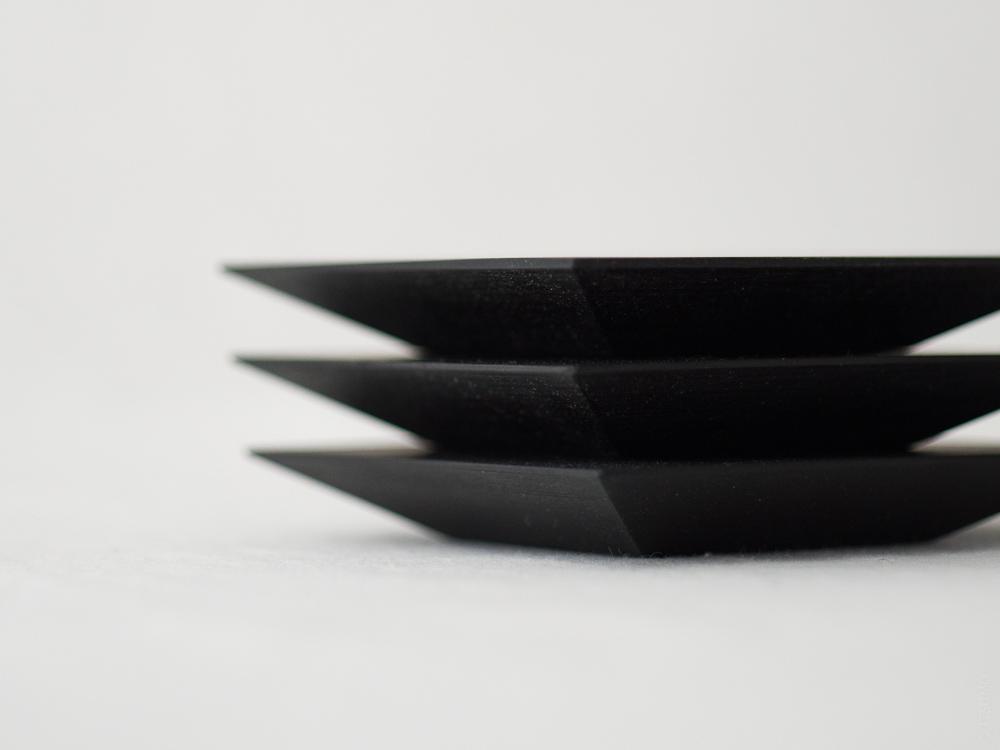 Masashi Ifuji_Square Plate_black_dl-8