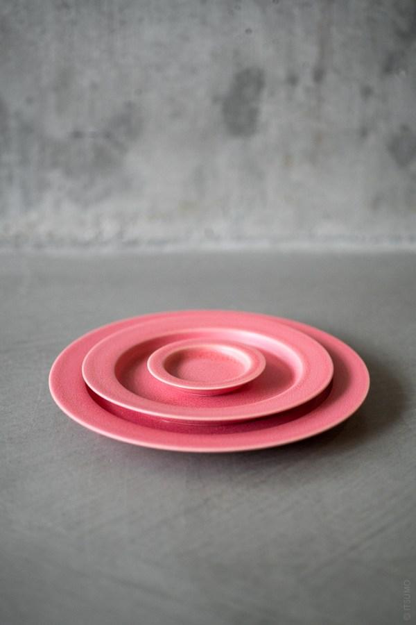 Yumiko Iihoshi Porcelain_unjour_plate_pink