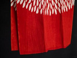 Kamawanu_Tenugui_Cotton Linen Mix_Chrysanthemum_red_dl