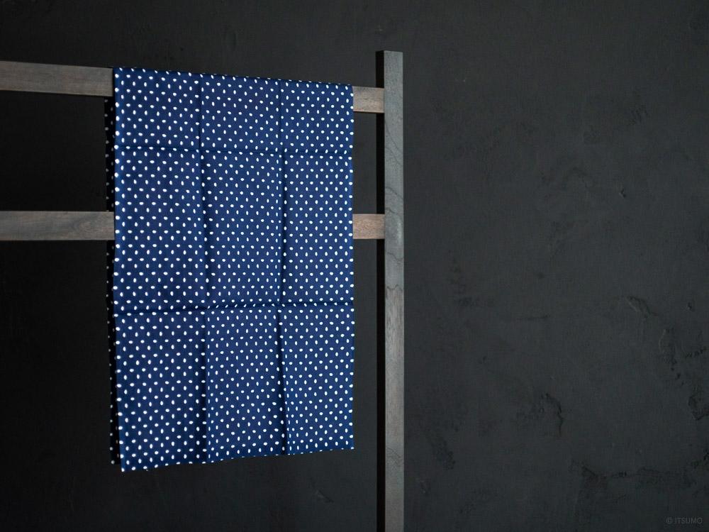 Kamawanu_Tenugui_Kome-Komon Dots