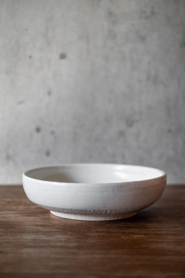 Azmaya_Iga Serving Bowl_Shino_top