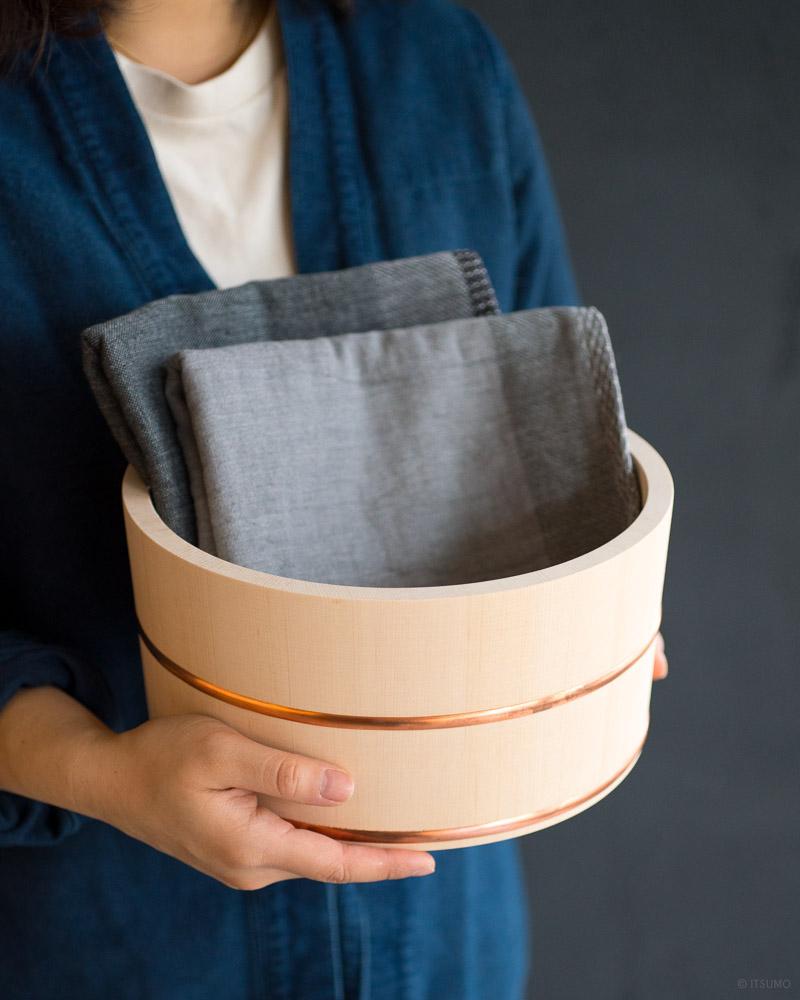 azmaya-hinoki bath bowl-japanese cypress wood-7