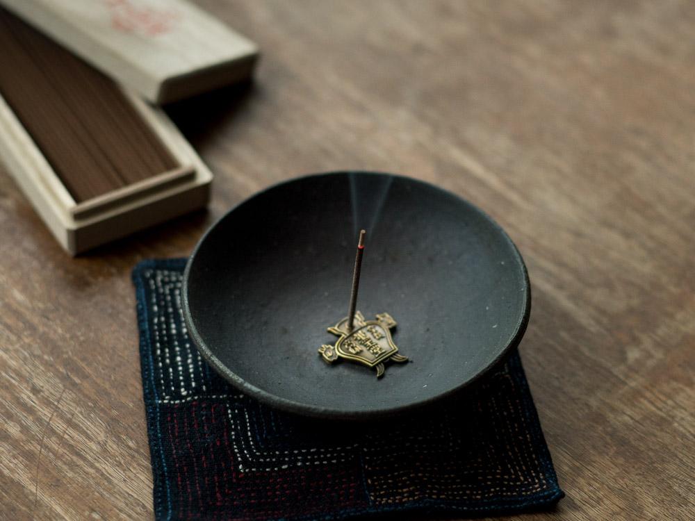 Kungyokudo_Logo Incense Holder__