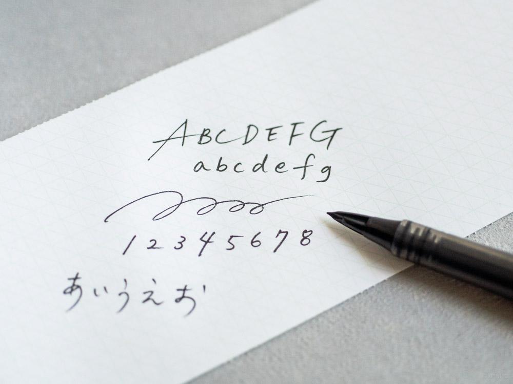 craft design technology_tradio plastic fountain pen_refil ink_black-3