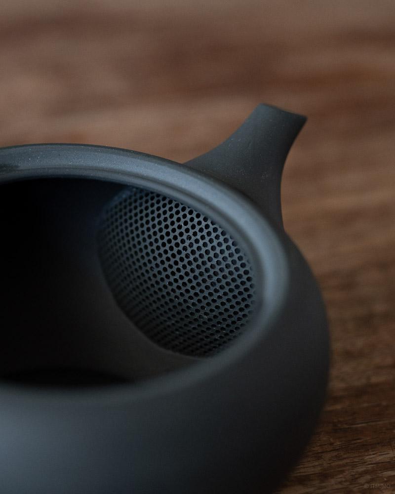 azmaya-ovel teapot with back handle-4