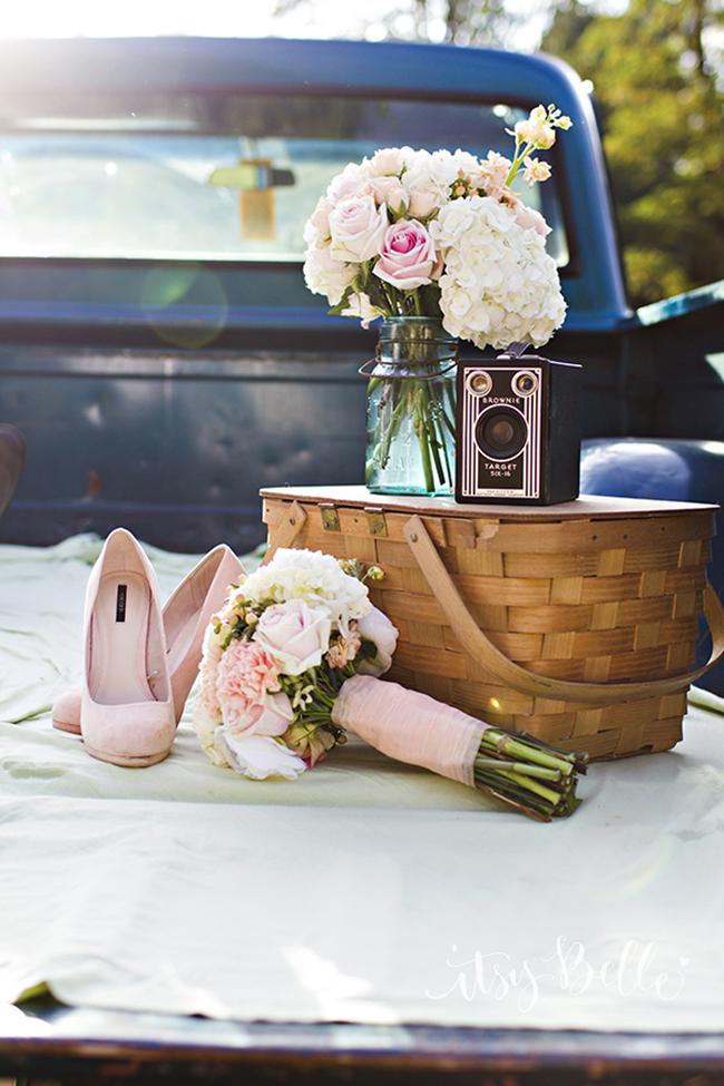 Rustic Engagement Wedding Photo Shoot Ideas