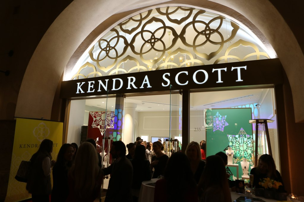 Kendra Scott Fashion Island Boutique Luxe Party