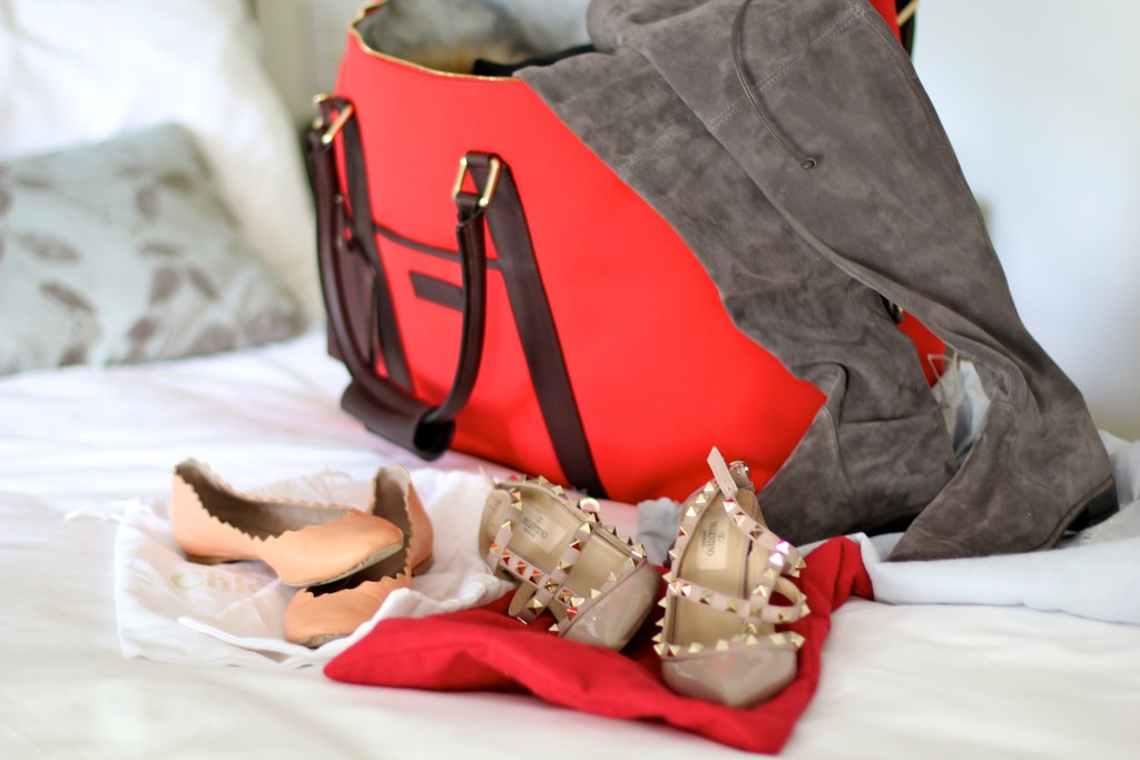 weekend packing with dooney and bourke, itsy bitsy indulgences