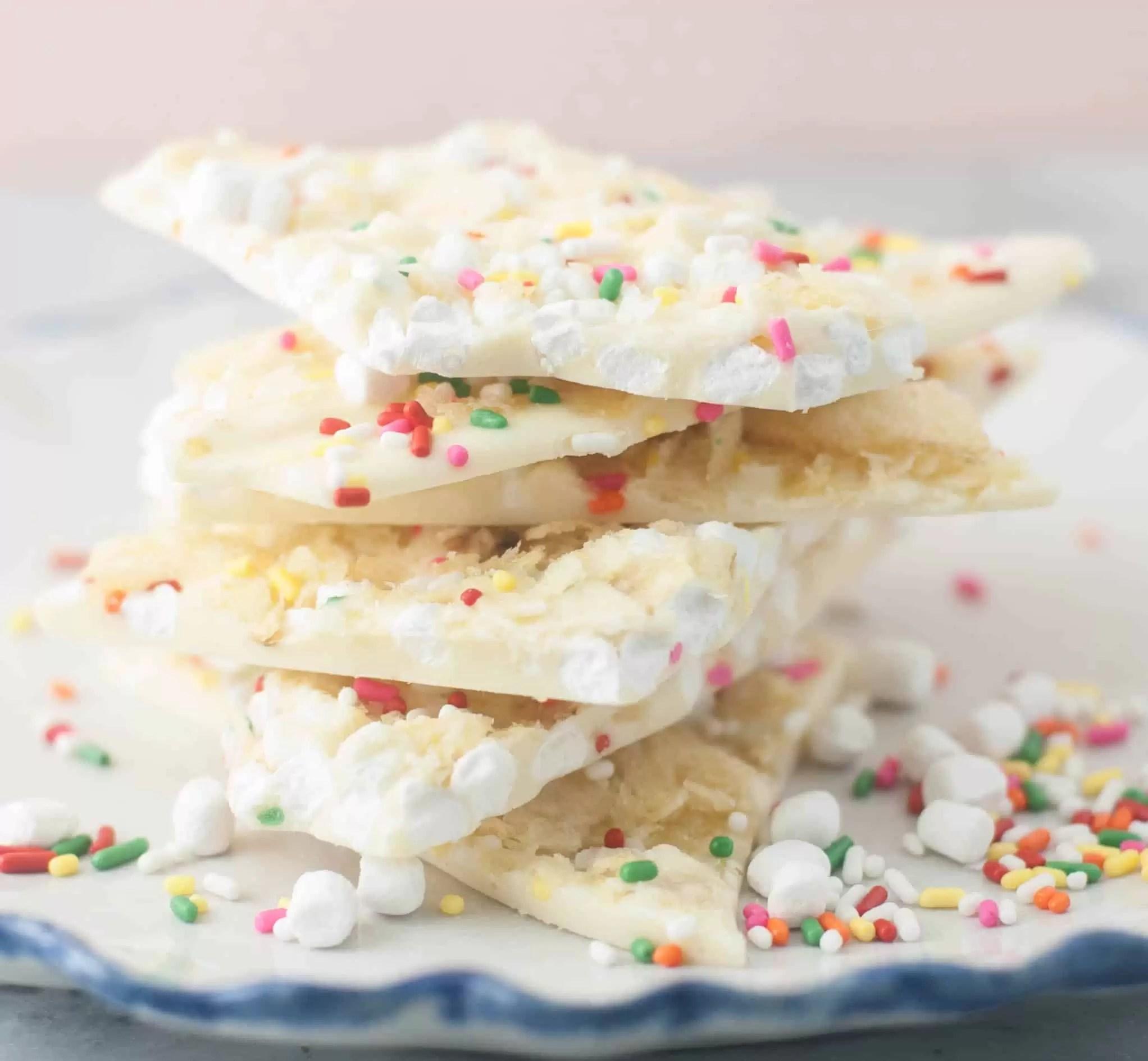 Marshmallow Bit-Potato Chip White Chocolate Bark - The Itsy-Bitsy ...