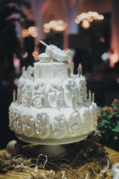 Magnum White Almond Party Decoration