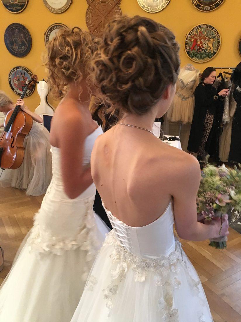 Brudemesse hår
