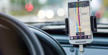 6-distracciones-que-podrían-causar-un-accidente-de-tránsito